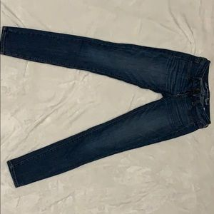 American Eagle Medium Wash Skinny Jeans Size 2